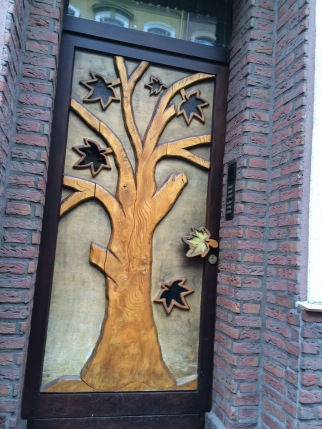 Porta entalhada, Krefeld, Alemanha.